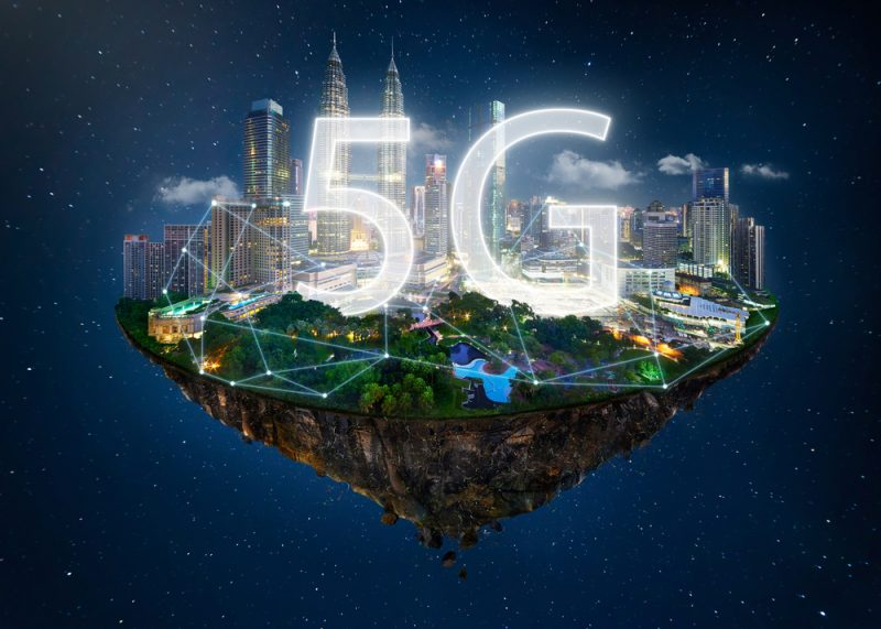 Will 5G Have a Role in Providing CI Apps with IoT Data?